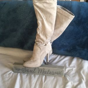 Women's gray suede Knee-high boots
